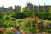Wonderful Gardens / Sudeley Castle has 14 acres of grounds and ten award-winning gardens. We'd like to share with you our favourite views of our own & others' gardens.