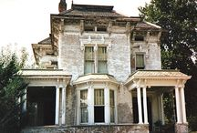 Old homes / Beautiful and historical buildings