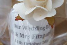 Unique wedding candle favours