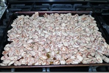 Granola/Nuts/Mixes / by Avely Serin