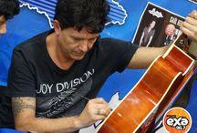 Saúl Hernández en firma de autógrafos / Saúl Hernández consintió a todos sus fans poblanos con exclusiva firma de autógrafos