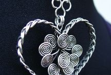 Wire Necklaces / Wire wrapped jewellery