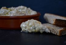 Moutabal Recipe on http://www.sipandsizzle.com/smoky-aubergine-dip-moutabal/