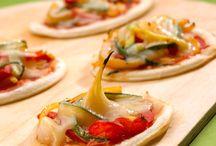 Recettes d'Entrées : Feuilletés, Croustillants et Gratin / Ouvrez les appétits avec gourmandise et raffinement.   Découvrez nos recettes d'entrées faciles, rapides et délicieuses pour bien commencer vos repas.  Que les festivités commencent ! Miam !