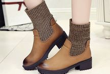 Women shoes and shoe accessories / Categories Flat & Loafers Athletic & Casual Shoes Platform Sandals Pumps Boots Slippers Home Shoes