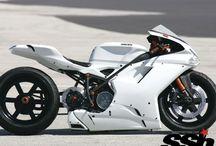 Ducati / Love