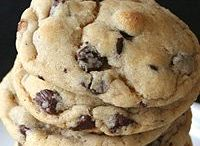 Recipes: Cookies / by Julie Ann Knott