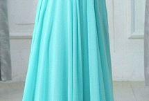 Krásné šaty současné