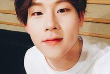 MONSTA X / Shownu Won Ho Min Hyuk  Kin Hyun Hyung Won Joo Heon I.M