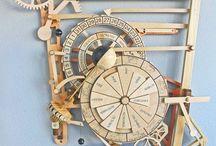 Wooden gear clocks https://pin.it/2lhiix7ekuwsey