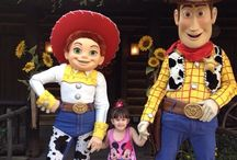 Disneyland - Frontierland / Let's explore Frontierland at Disneyland Resort in California