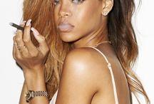 Mon idole et la plus belle :Rihanna ❤️