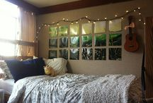 Pretty Spaces / Originally made when trying to become inspired for my dorm room.