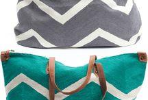 Purses/Bags... / by Brianna Finchum