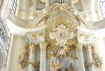Pipe Organs from around the World