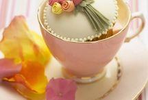 Cupcake designs / by Rosabella Carlos