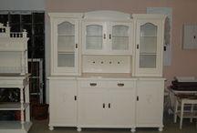 Shabby Chic / Ich liebe den Shabby Chic und habe immer wieder Möbel die ich anbiete zum Verkauf wenn ich neue gefunden habe :)