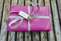 Originální dárkové balení / Na přání vám naše dárkové hrnky originálně zabalíme.
