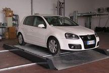 Car Transfer Platform - Cometa / COMETA La piattaforma traslante Cometa permette di risolvere i problemi di manovra negli spazi angusti e quindi sfruttare al meglio lo spazio a disposizione.