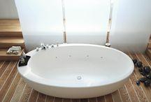 Stand alone bath / Spa bath