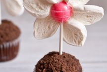 Sweets, cake pop and cake