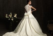 Wedding dresses I like / by Sara Wertsbaugh