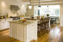 Kitchens / by Nikki S