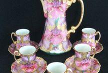 Charming pots 'n cups