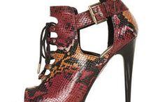 Shoes Shoes / by Matea TPol