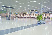 Aeropuerto de Reus / El aeropuerto de Reus está situado unos 3 kilómetros al sureste de la ciudad y a unos 13 kilómetros del centro urbano de la ciudad de Tarragona. http://ow.ly/GwX9Q