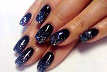 Nails / by Sharon Liebno