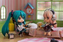 Hatsune Miku & Megurine Luka Chibi