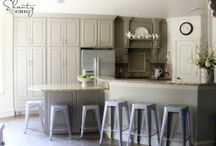 kitchen.... / by Maureen Leitao