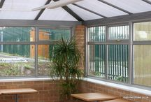 Yeovil 2004 / Regent was commissioned to design and build an extension in the style of a conservatory onto a new-build National Health Services Administration building. A mere two hours after we handed the work over to the building company, a steam roller demolished a large part of the conservatory when the driver lost control! Fortunately, we managed to replace and re-build the structure in under a week to enable the building company meet its handover deadline.