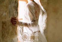 lace / Lacey wedding inspiration: wedding dresses and bridal accessories
