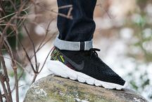 "Nike Air Footscape Magista Flyknit ""BHM"" (824419-001)"