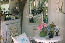 Small Spaces / Mudrooms, storage areas, little nooks, and places to take a break. / by Angela Thompson