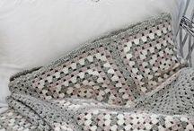 crochet :: greyscale