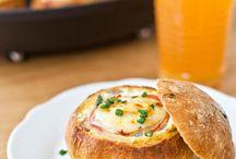 Frühstück / Eier im Brötchen
