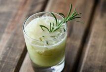 Cocktails à la pomme / Cocktail gagnant si votre #apéro inclus la pomme en toast et mignardises, mais aussi dans vos #boissons ! Voici des idées de cocktails pour des soirées entre amis ou pour des après-midi détente !