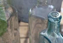 Glas og flasker
