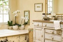 Home- Bathroom / by Lori Angus