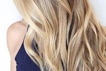 Haarschnitt/ -Farbe