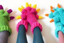 háčkované ponožky,  čepice a rukavice