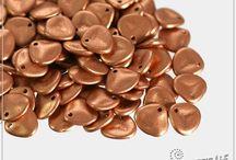 Korálky - Rose petal 7x8 mm