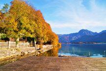 Herbst am Wolfgangsee / Für viele ist der Herbst die schönste Jahreszeit. Alles wird ruhiger, die Temperaturen sind einfach zum Wohlfühlen und die Bäume schmücken sich mit einem bunten Kleid. Und es kommt noch eine echte Besonderheit dazu: die Region ist nebelfrei! Nirgendwo anders ist der Übergang zwischen Bergen und Seen so fließend und reizvoll wie am Wolfgangsee.