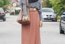 Hijabi Muslimah