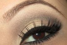 Make-up / by Adriana Zeller