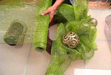 Making deco mesh wreath viedo / by Teresa Patterson