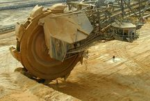 La excavadora giratoria más grande del mundo /  Con 13,500 toneladas de peso, la Bagger 288 alemana está considerada la excavadora giratoria más grande del mundo, y probablemente uno de los mayores vehículos terrestres.  www.tecnoweigh.com